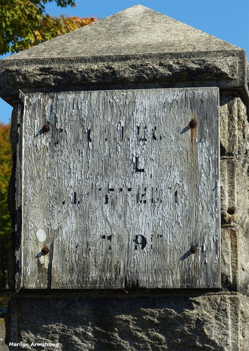 72-old-wood-sign-cemetary-ma-10072016_026
