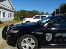 72-police-car-midsummer-murder-ma-10072016_221