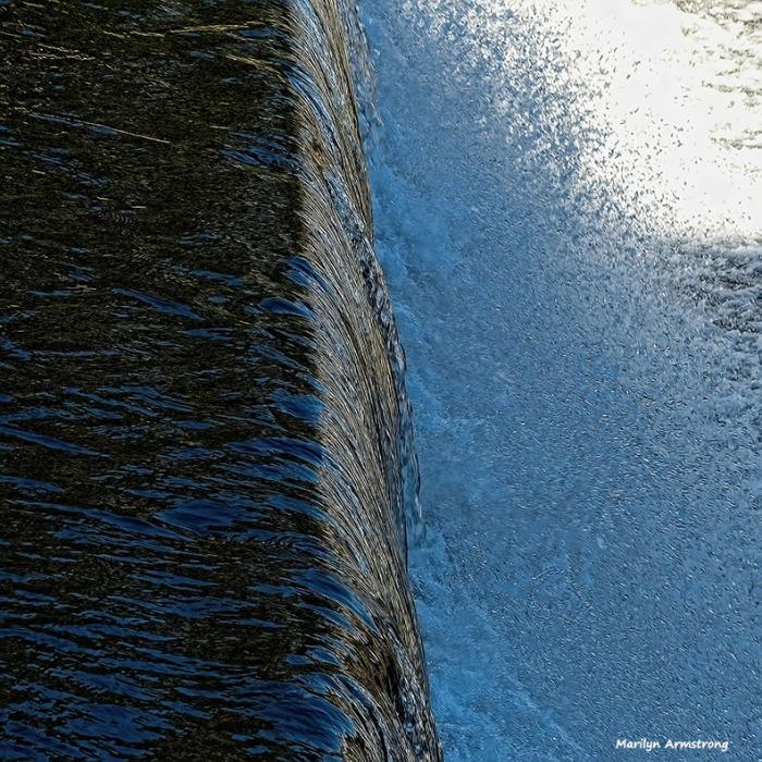 72-water-texture-mumford-dam-autumn-10102016_012