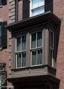 Photo: Garry Armstrong. Beacon Hill brownstone with bay window.