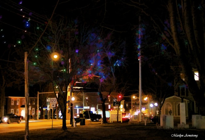 Uxbridge Common at night ... just before Christmas with lights.