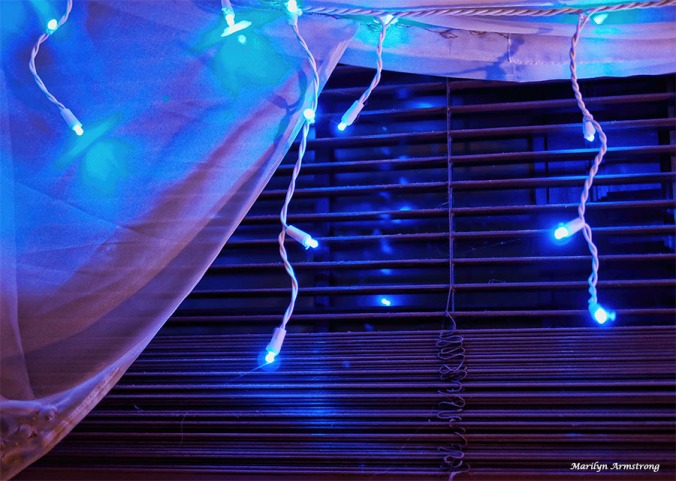 72-blue-lights-13122016_03