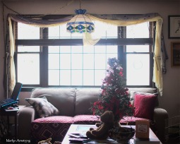 72-christmas-living-room-11122016_024