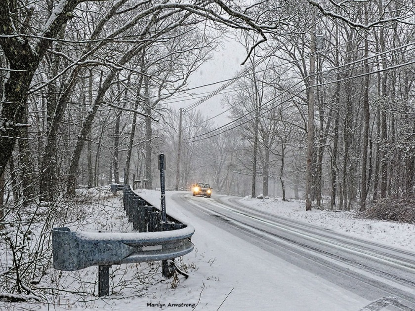 180-aldrich-car-snow-falling-310117_016