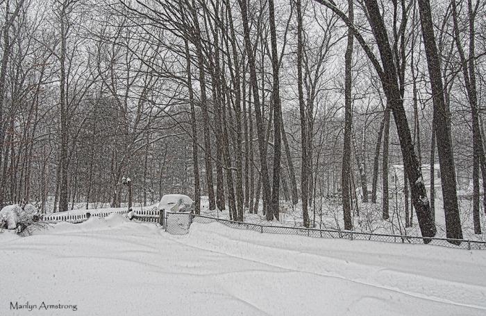 300-blizzard-snow-2-9-2014_011