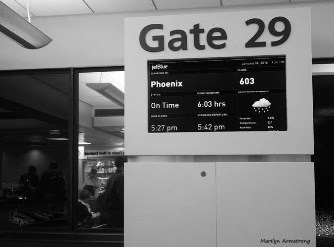 300-bw-logan-airport-gate-01042016_11