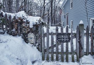 300-gate-walk-snow-ga-110217_015