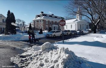 300-snow-uxbridge-130217_084