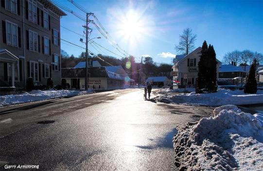 300-sun-downtown-snow-uxbridge-130217_081
