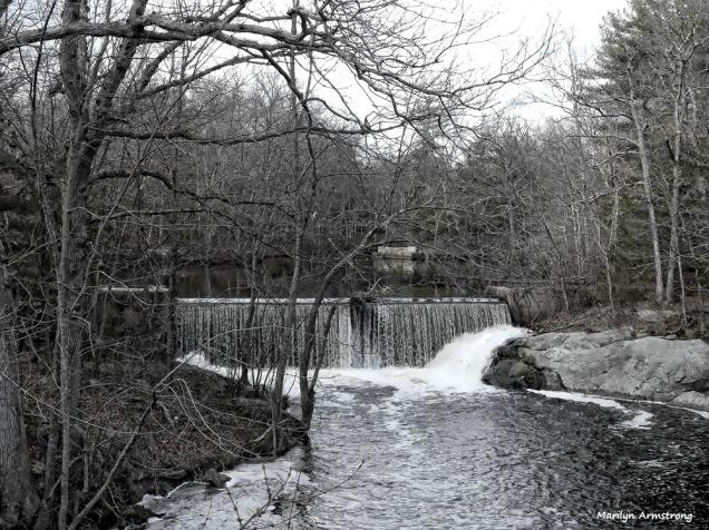 180-bw-waterfalls_20170303_004