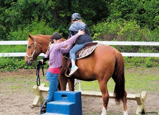 300-kids-horses-garry-060317_102