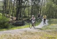 300-bicycles-path-river-bend-gar-070817_045