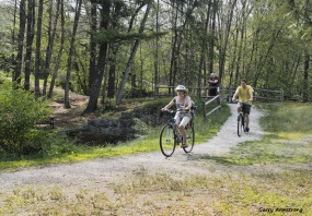 300-bicycles-path-river-bend-gar-070817_045