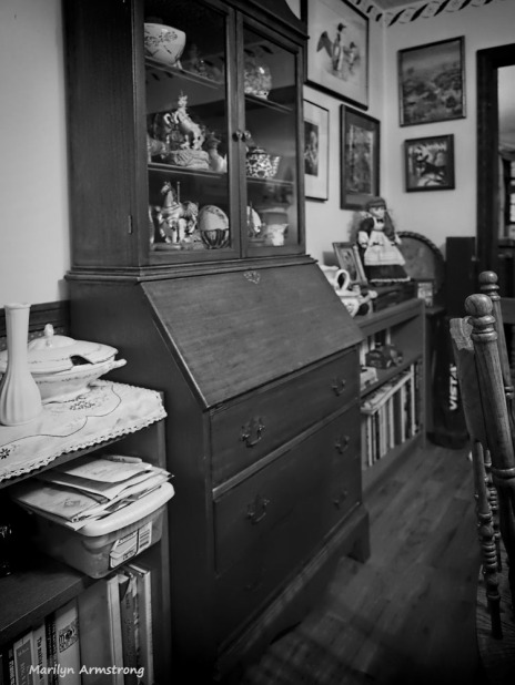 300-bw-wood-dining-room-071317_001