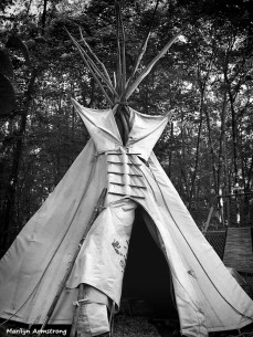 Teepee open from outside