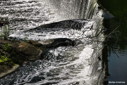Roaring Dam - Photo: Marilyn Armstrong