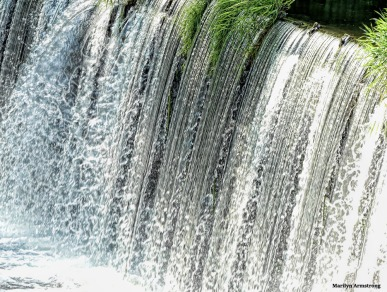 Roaring dam in Blackstone