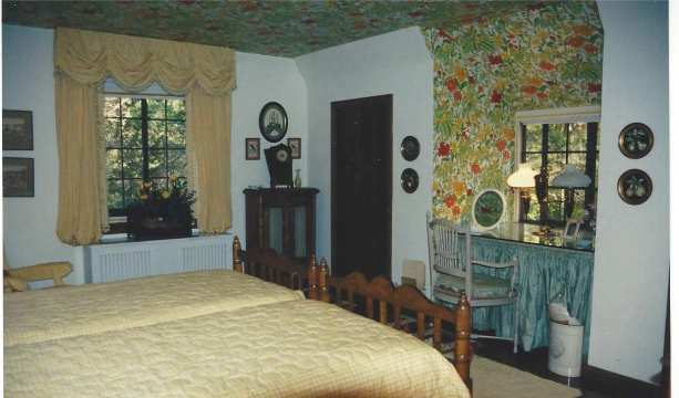 CT guest bedroom