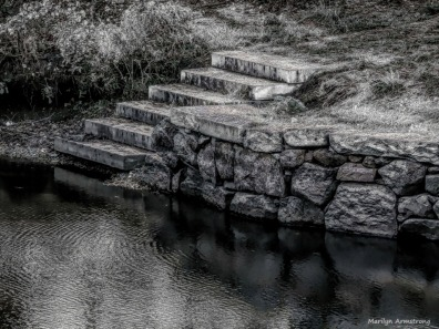 180-BW-Steps-Canal-Fall-Ma101217_113
