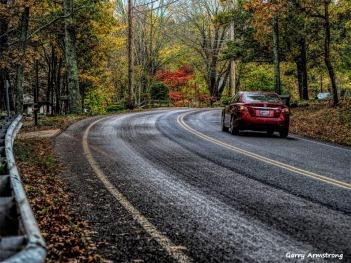 300-road-car-rain-foliage-ga-10252017_073