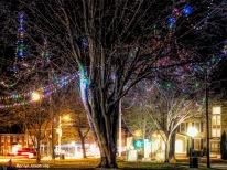 300-big-downtown-uxbridge-common-christmas-ma-12202017_010a