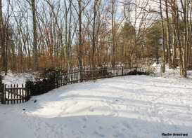 300-front-christmas-snow-12262017_001