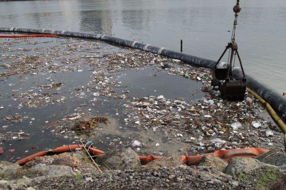 Water trash Mexico