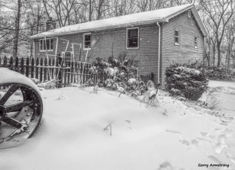 180-bw-house-corners-first-snow-day-gar-01042018_018