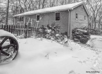 180-bw-house-corners-first-snow-day-gar-01042018_018