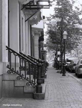180-BW-Patterns-Beacon-Hill_05062015-040