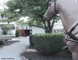 300-graphic-horse-gettysburg_073
