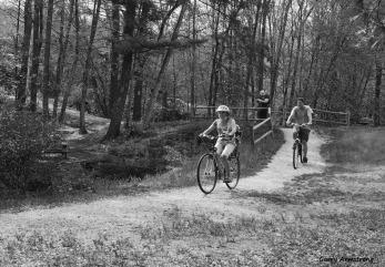 300-bw-bicycles-path-river-bend-gar-070817_045