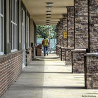 180-Square-Sidewalk-Which-Way-081716_08