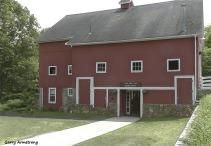180-1750-Red-Barn-Roof-Blackstone-River-Bend-Gar-090618_0009