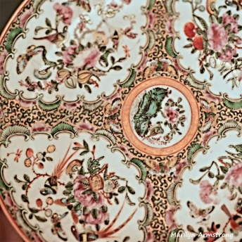 Rose Famille antique Chinese platter