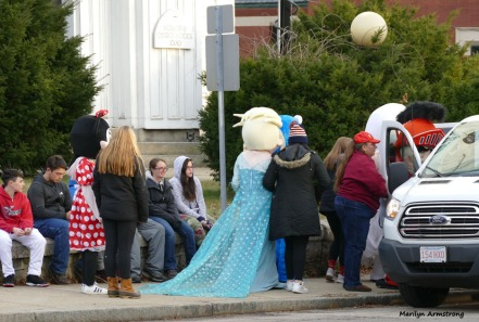 180-Float-People-Christmas-Parade-Mar-20181201_013