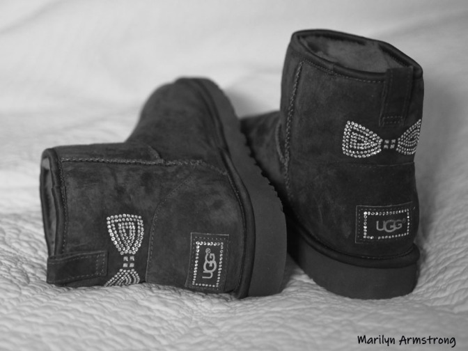 300-BW-small-ugg-books-01152015_3