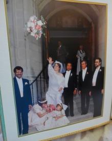 180-Bouquet-Toss-Mar-Gar-1990-Wedding-08172019_001