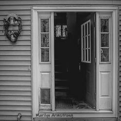 180-BW-Narrow-Entry-Front-Door-20191016_010