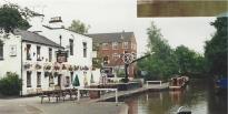 Pub on the canal at a lock
