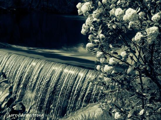 Mumford River dam