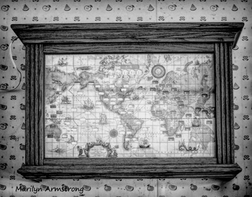 300-bw-world-time-clocks-upstairs_03122020_008
