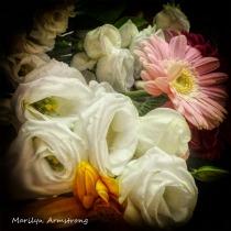 180-Vignette-Square-Bouquet-white-roses_060420_001