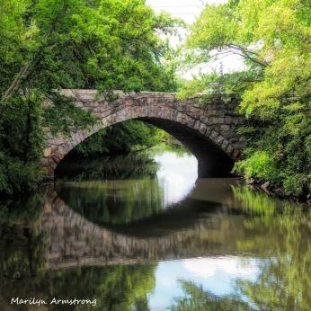 300-square-bridge-canal_mar-061920_017