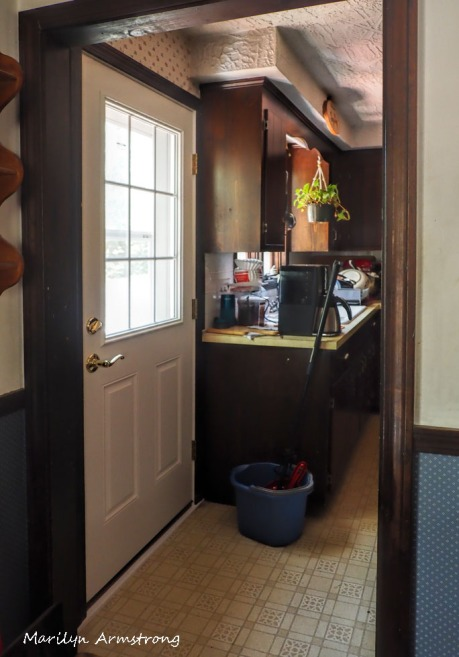 New door from the dining room