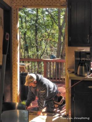 300-kitchen-door-swap_100820_102
