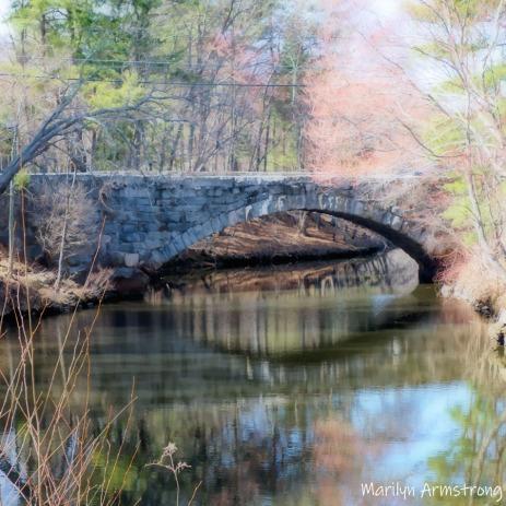 00-square-bright-spring-stone-bridge-mar___040921_027